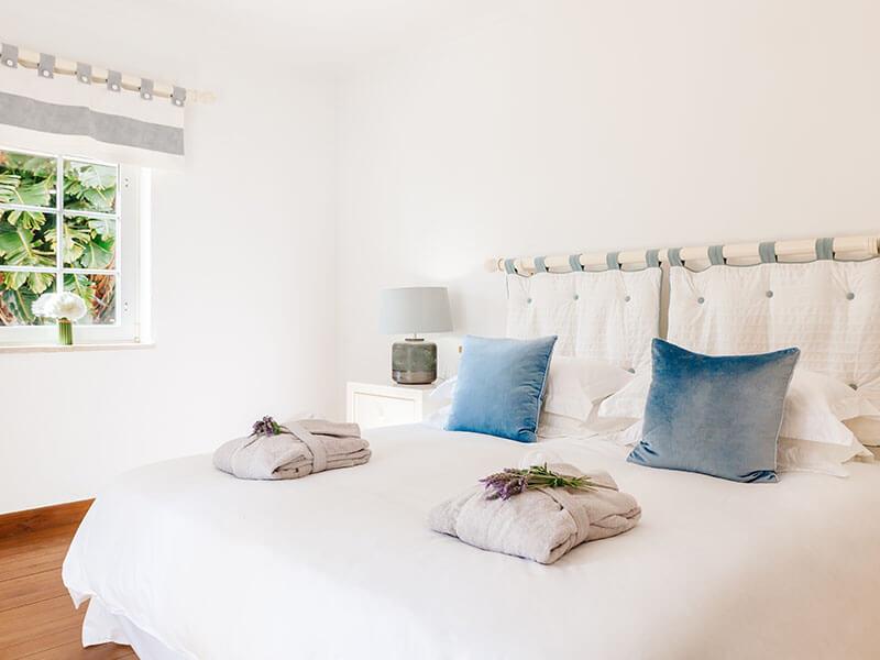Suites_bedroom-02