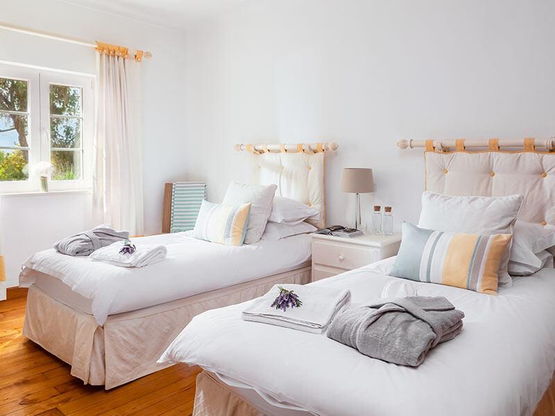 Suites_bedroom-04