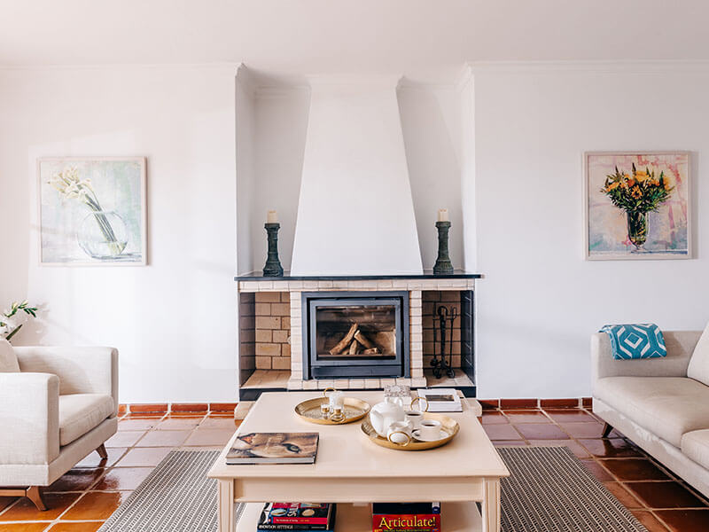 Suites_living room-01